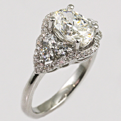 18kt Diamond Halo Ring